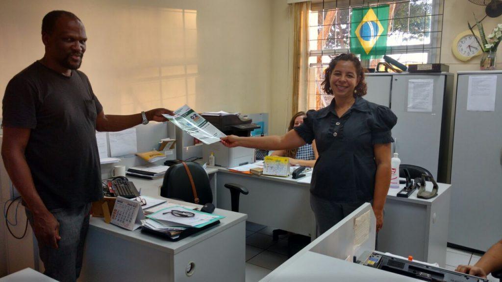 Com servidora Alcione do TRE de Paracatu.