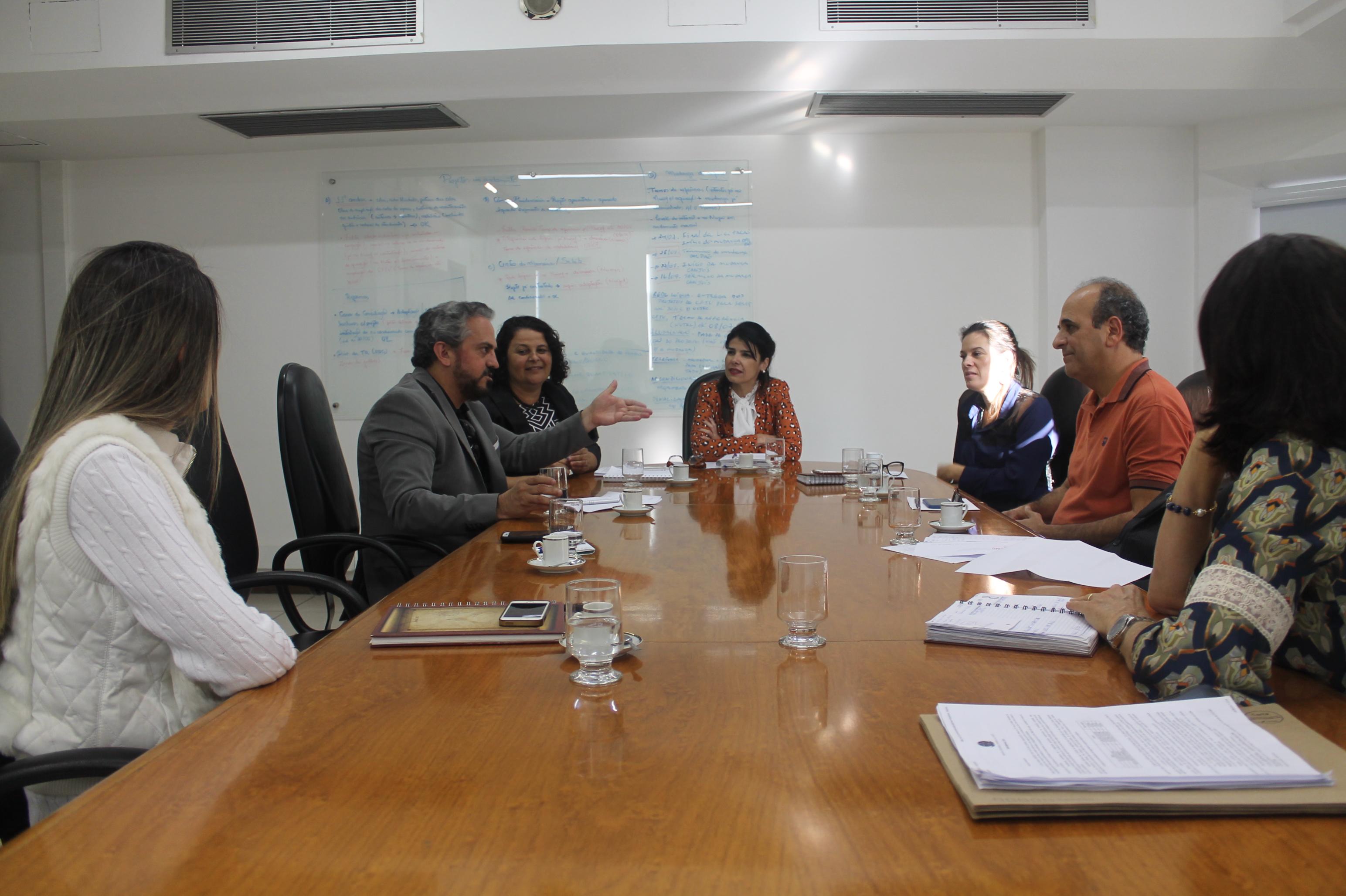 Em primeira reunião com a administração do Tribunal, SITRAEMG debate saúde do servidor