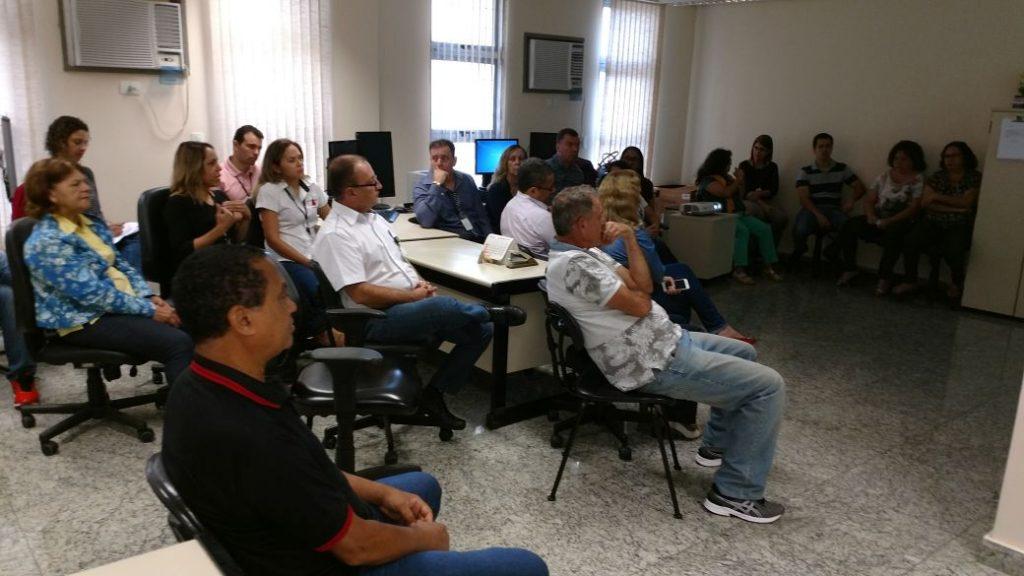 Reunião sobre o Super Foro e Efetividade na Execução, no TRT de Coronel Fabriciano.