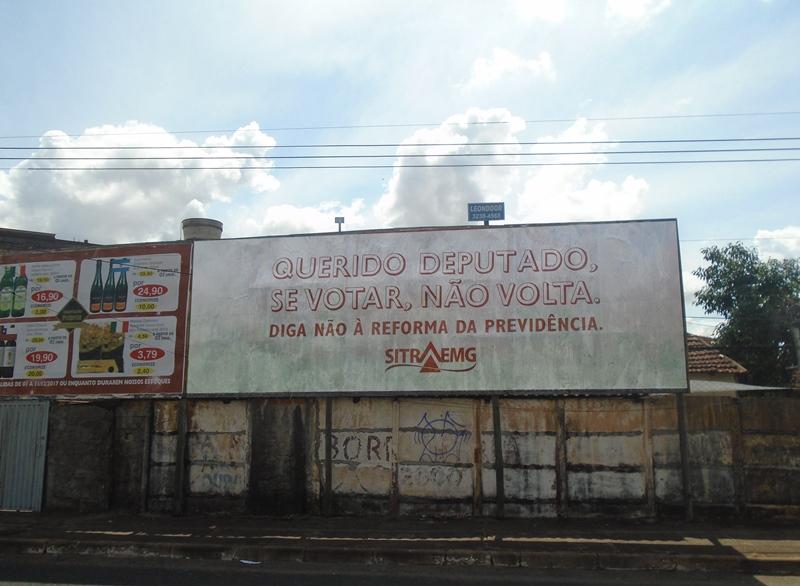 Av. Monsenhour Eduardo com Avenida Amazonas, em Uberlândia