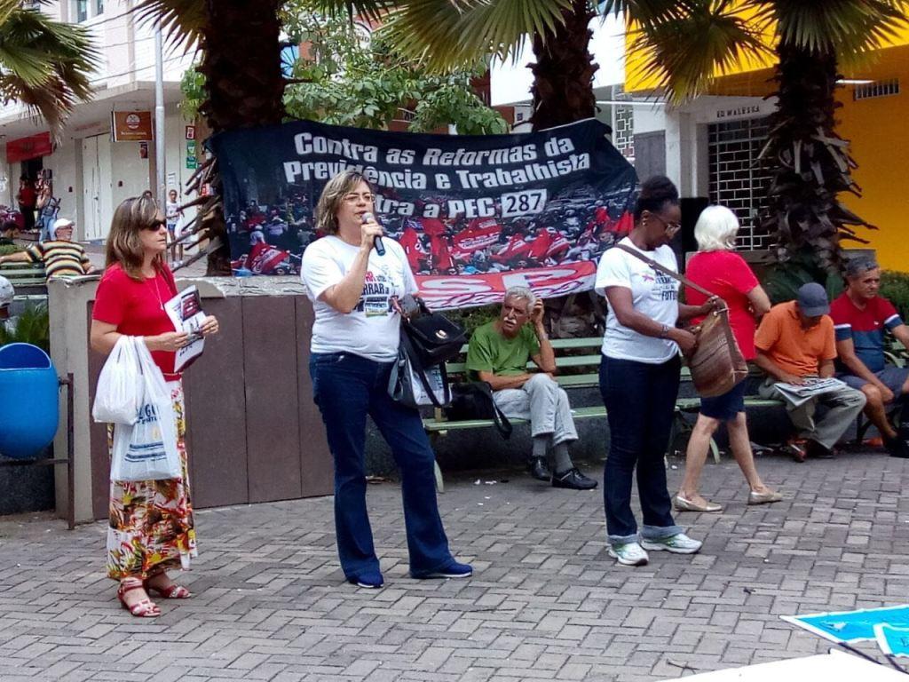Ato e passeata contra PEC 287 em Divinópolis 10