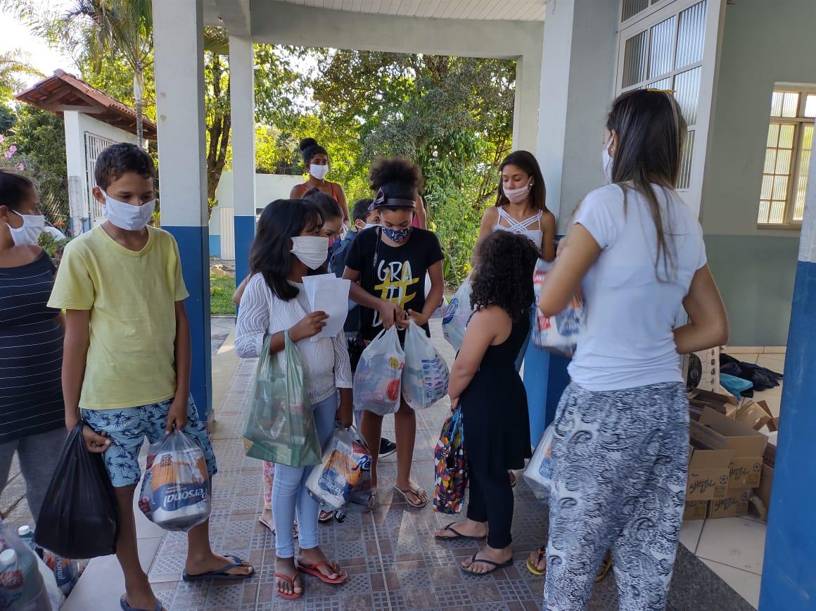 Servidores da JF de Divinópolis ajudam famílias vulneráveis durante a pandemia do coronavírus